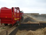 SD10E 10 cubic metre machine will carry 4 Heston large bales or 6 quadrant sized bales.